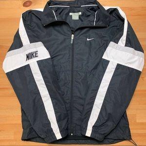 Vintage Nike Staple Windbreaker